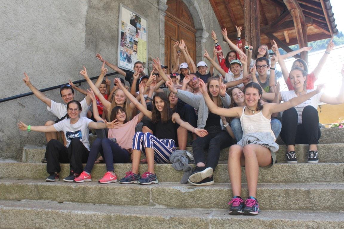 Le groupe après avoir animer la messe à Flumet