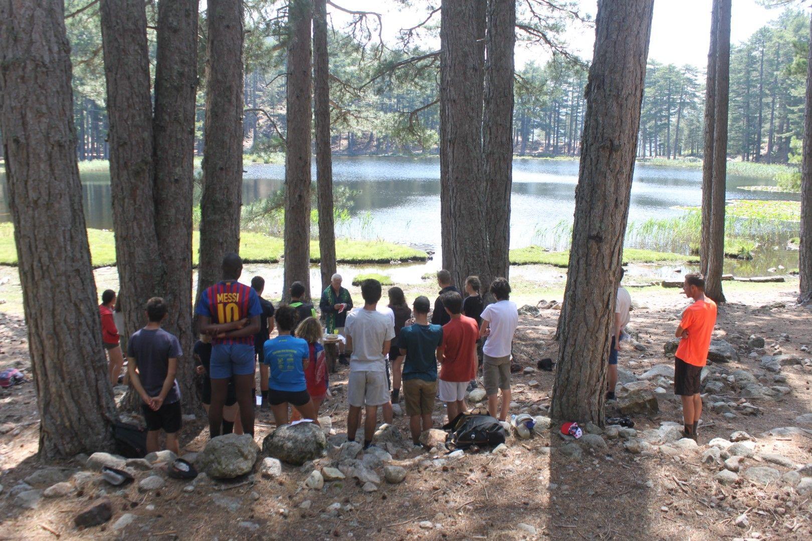 Messe au lac de Crenu
