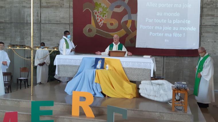 Mot du Père Emile Allard pour le départ des Pères Thierry Napou et Rémi Doche